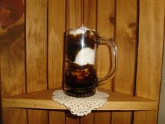 ROOT BEER FLOAT SPECIALTY CANDLE