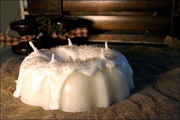 Vanilla  Bundt candle